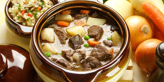 Как можно приготовить говядину в духовке